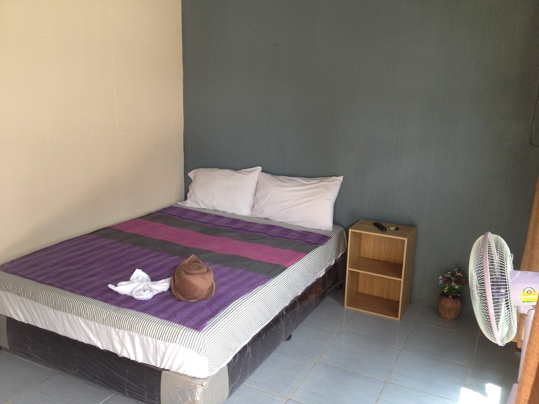 Small Bedroom Air Conditioner Basic Double Room S1 Lanta Complex